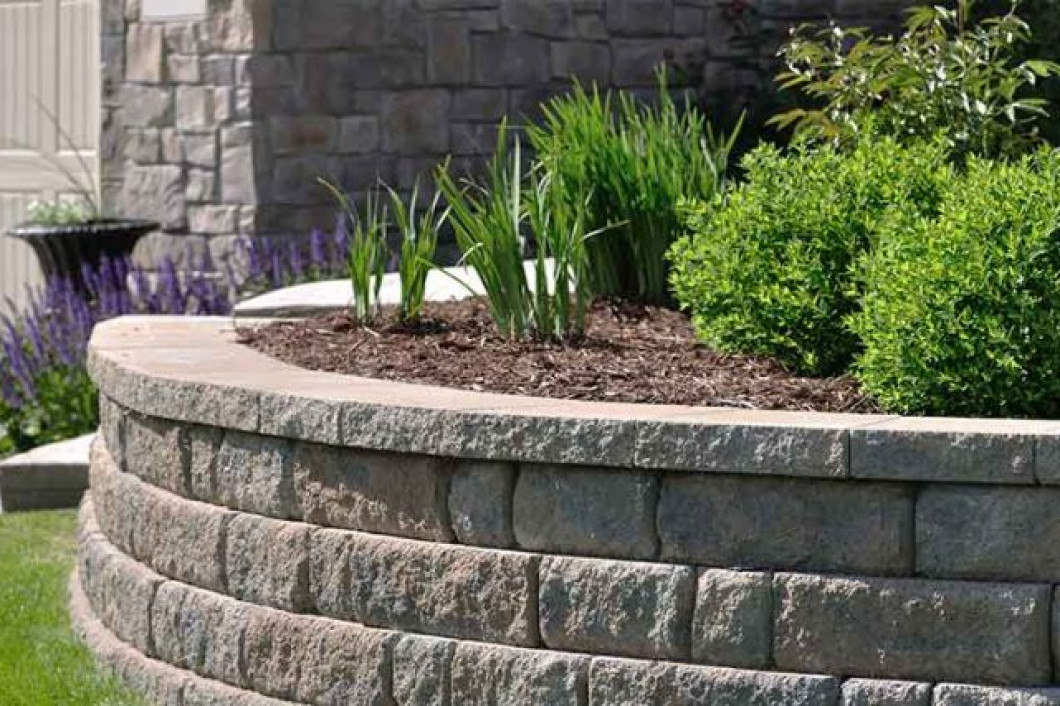 Who Can Build Retaining Walls in Missoula, MT?